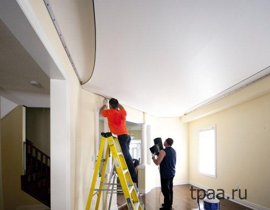 Установка и преимущества натяжных потолков