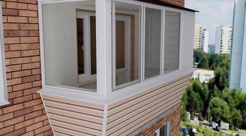 Зачем нужна обшивка балконов